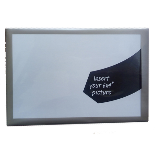 Fényképes ajándéktárgyMágneses képkeret 8 mm ezüst színű szegéllyel